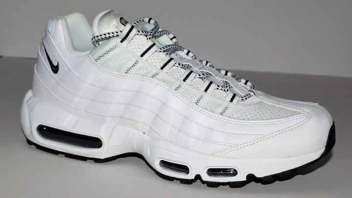 How much height do Air Max 95 add