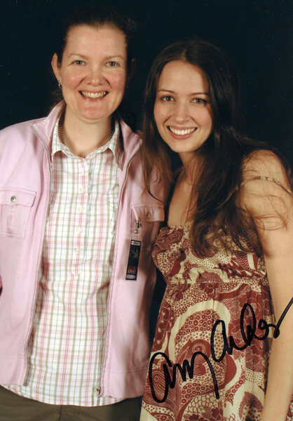 How tall is Amy Acker