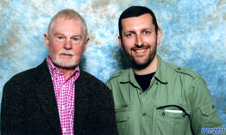 How tall is Derek Jacobi