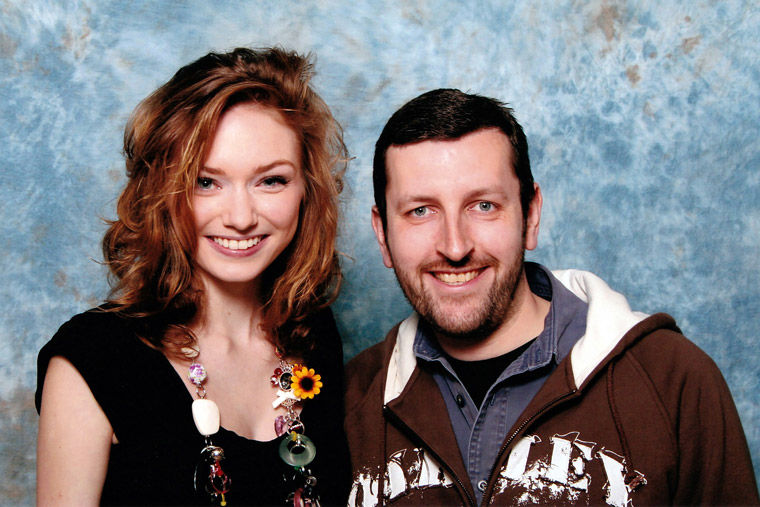 How tall is Eleanor Tomlinson