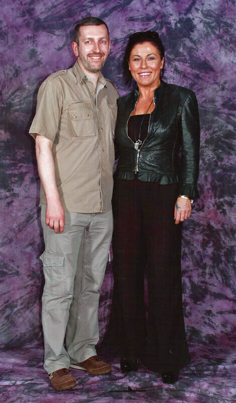 How tall is Jessie Wallace