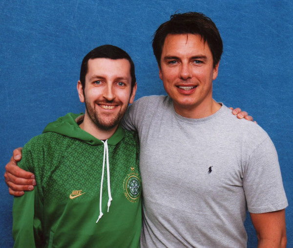 How tall is John Barrowman
