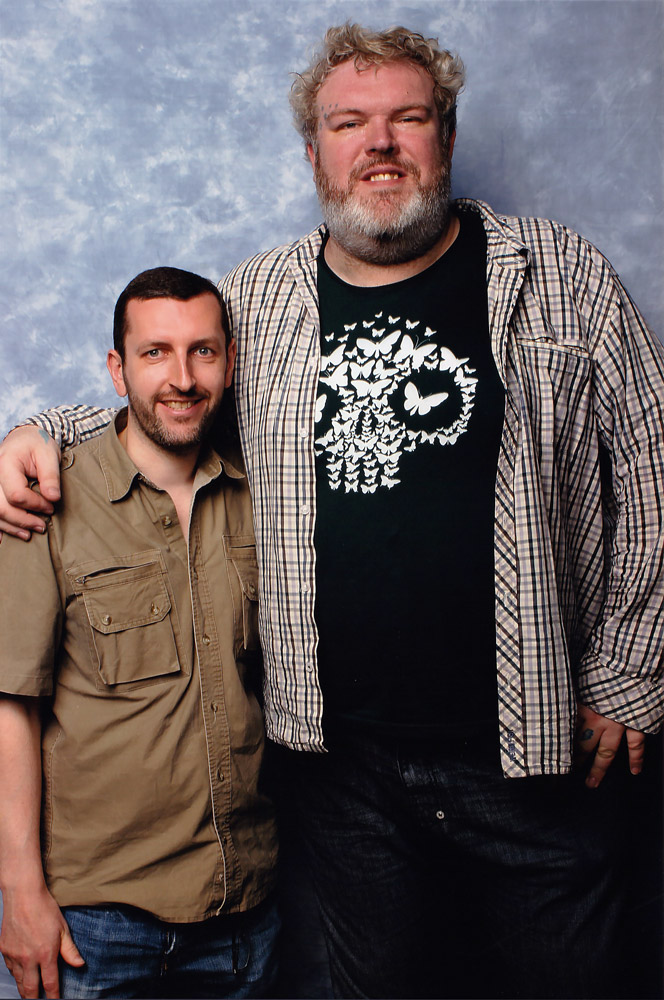 How tall is Kristian Nairn
