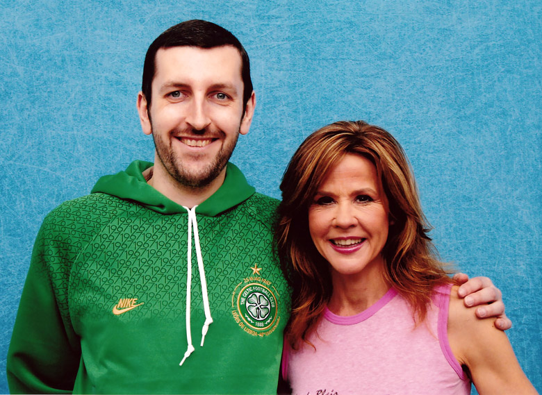 How tall is Linda Blair
