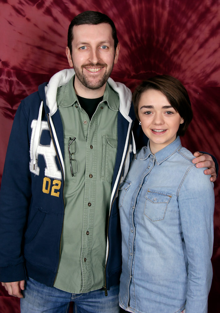 How tall is Maisie Williams
