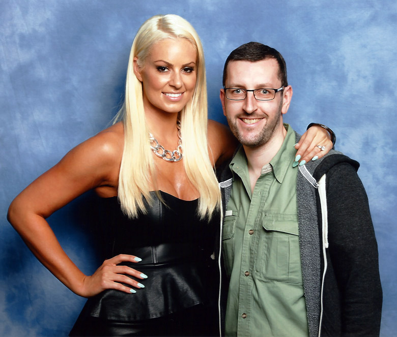 How tall is Maryse