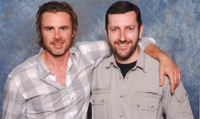 How tall is Sam Trammell
