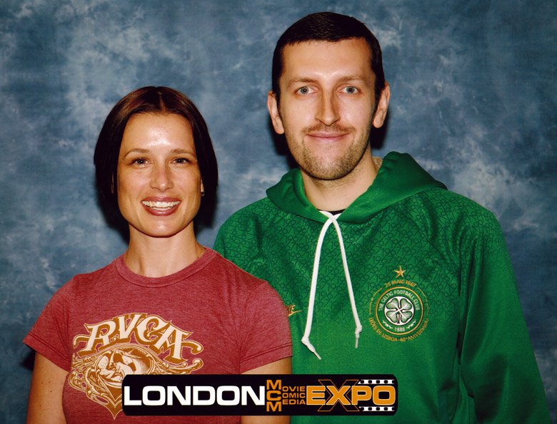 How tall is Shawnee Smith