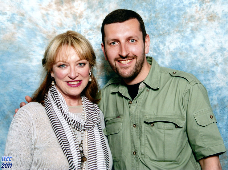 How tall is Veronica Cartwright