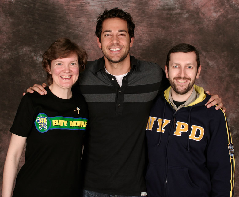 How tall is Zachary Levi
