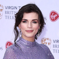 Height of Aisling Bea