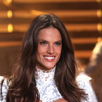 Height of Alessandra Ambrosio