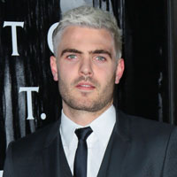 Height of Alex Roe