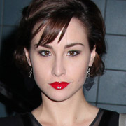 Height of Allison Scagliotti