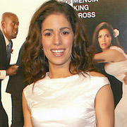 Height of Ana Ortiz