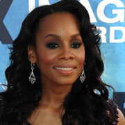 Height of Anika Noni Rose