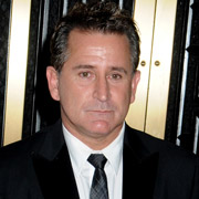 Height of Anthony LaPaglia