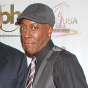 Height of Arsenio Hall