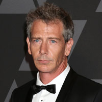 Height of Ben Mendelsohn
