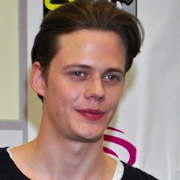 Height of Bill Skarsgard