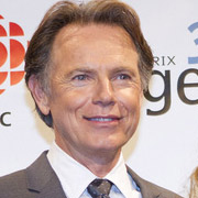 Height of Bruce Greenwood