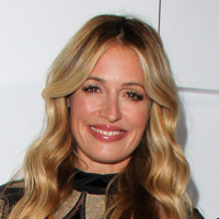 Height of Cat Deeley