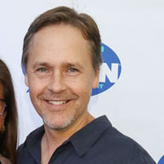 Height of Chad Lowe