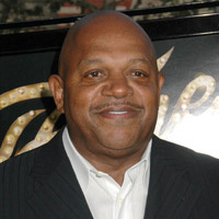 Height of Charles Dutton