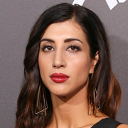 Height of Dana DeLorenzo