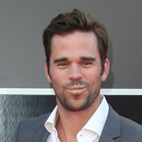 Height of David Walton