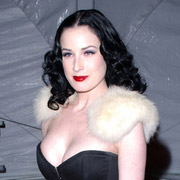 Height of Dita Von Teese