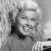 Height of Doris Day