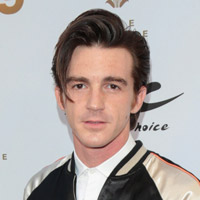 Height of Drake Bell