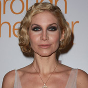 Height of Elizabeth Mitchell