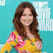 Height of Ellie Kemper