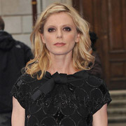 Height of Emilia Fox
