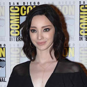 Height of Emma Dumont