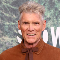 Height of Everett McGill