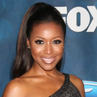 Height of Gabrielle Dennis