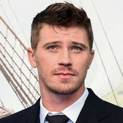 Height of Garrett Hedlund
