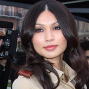 Height of Gemma Chan