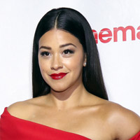 Height of Gina Rodriguez