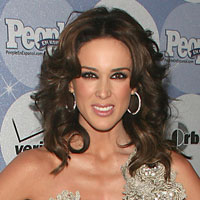 Height of Jacqueline Bracamontes