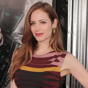 Height of Jaime Ray Newman
