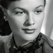 Height of Jean Hagen
