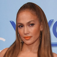 Height of Jennifer Lopez