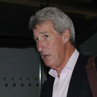 Height of Jeremy Paxman