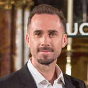 Height of Joseph Fiennes