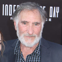 Height of Judd Hirsch