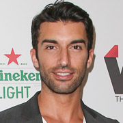Height of Justin Baldoni